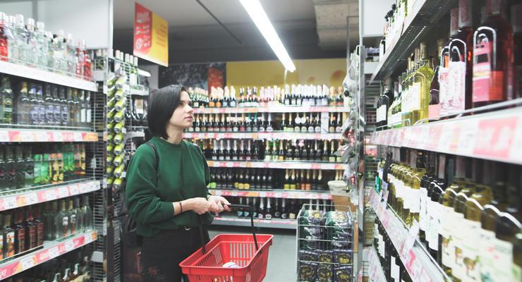 Цены на алкоголь и табак в Украине поднялись: Цифры