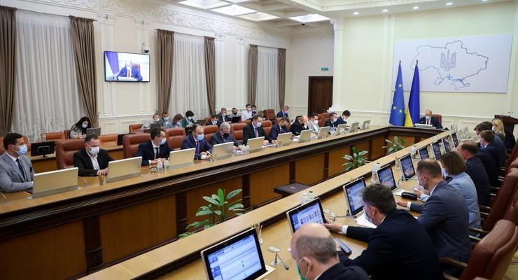 Госбюджет-2022: финансирование Кабмина увеличили на 7%