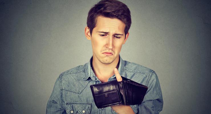 В Кабмине назвали причины мизерного роста зарплат и пенсий