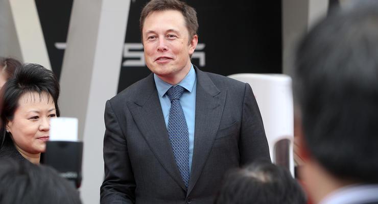 Маск подвинул Безоса в рейтинге миллиардеров: сколько заработал глава Tesla