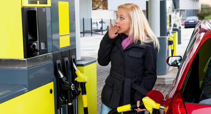Цены на бензин в Украине подскочат: в Кабмине повысили предельную стоимость