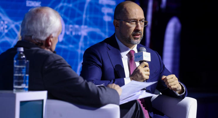 Первый автобан в Украине построят в 2022 году: Шмыгаль раскрыл детали