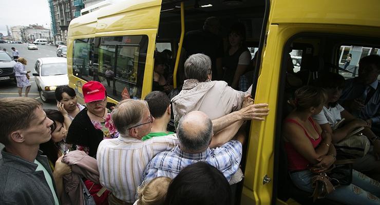 """Мафия в маршрутках"": Из улиц Киева уберут 172 маршрута"