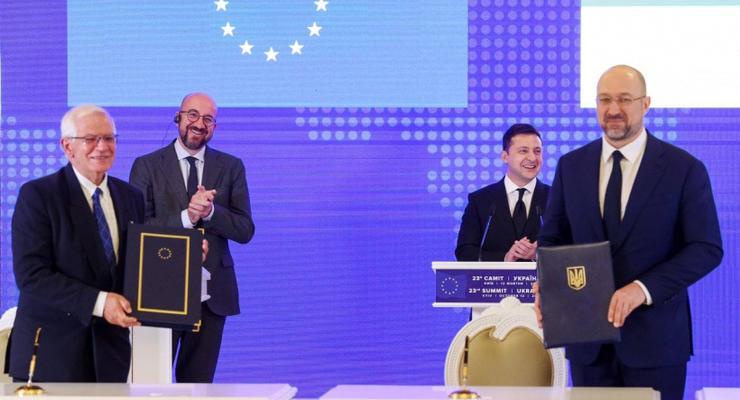 """""""Авиационный безвиз"""" с ЕС: Шмыгаль рассказал, что изменится для украинцев"""